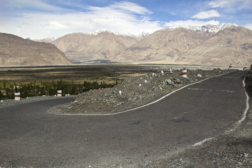 Nubra Valley Ladakh Kashmir Indian Himalayas Roads 11.jpg