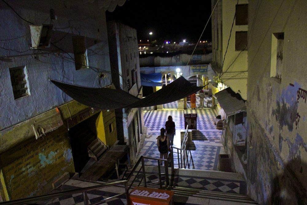 pushkar rajasthan ghats street photography 2.jpg