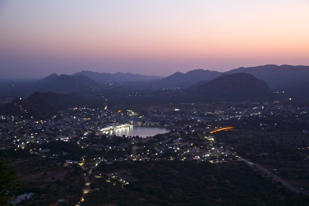 pushkar rajasthan mountain top sunrise 2.jpg