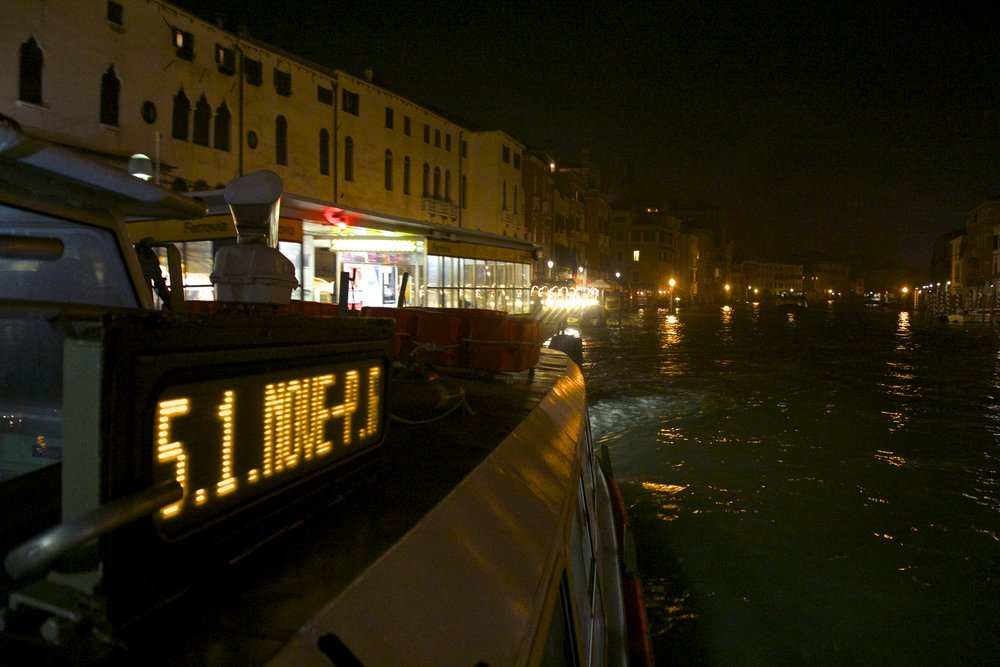venice venezia veneto italy at night 24.jpg