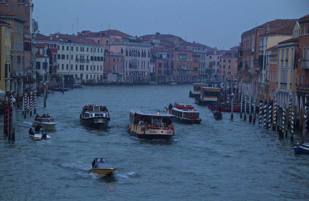 venice venezia veneto italy at night 3.jpg