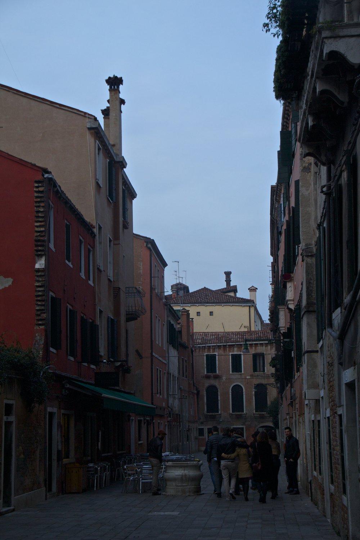 venice venezia veneto italy at night 1.jpg