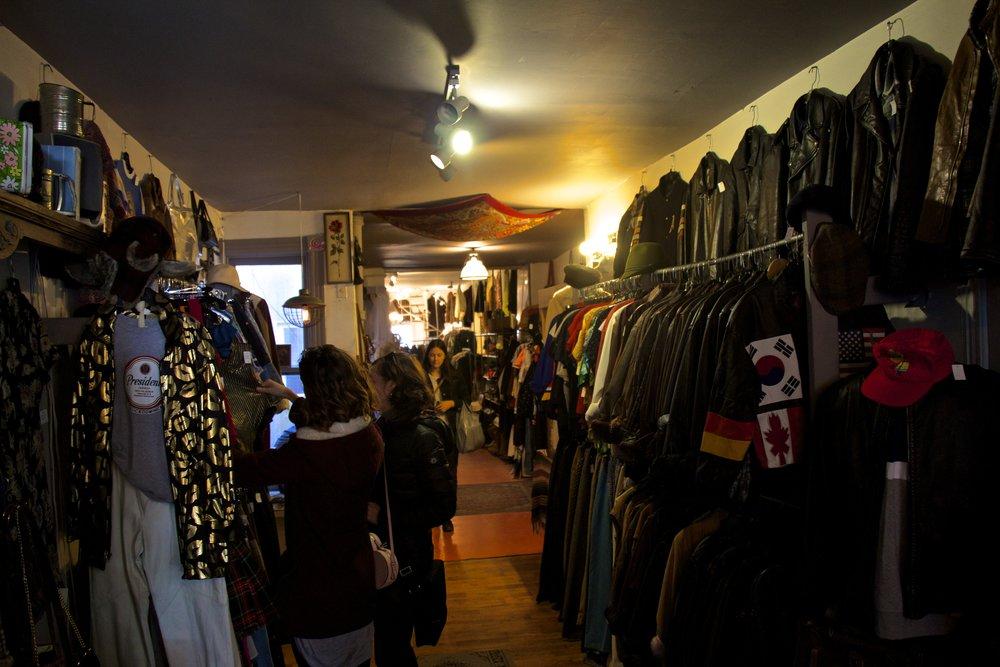 kensington market toronto canada 20.jpg