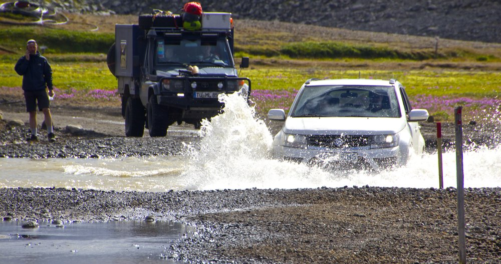 sprengisandur river crossing iceland 5.jpg