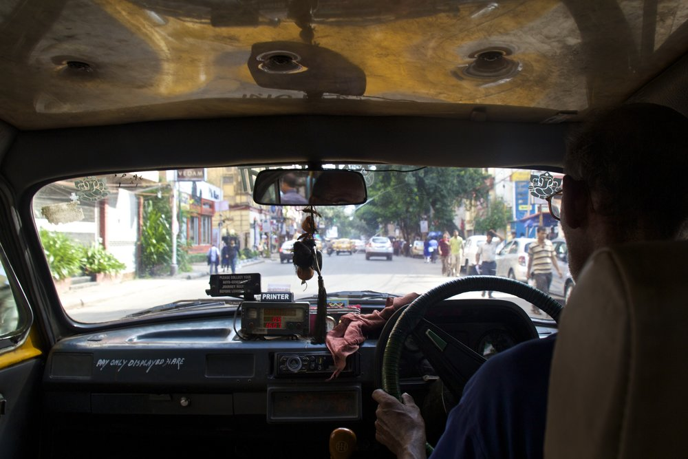 streets photography kolkata calcutta india taxi 1.jpg