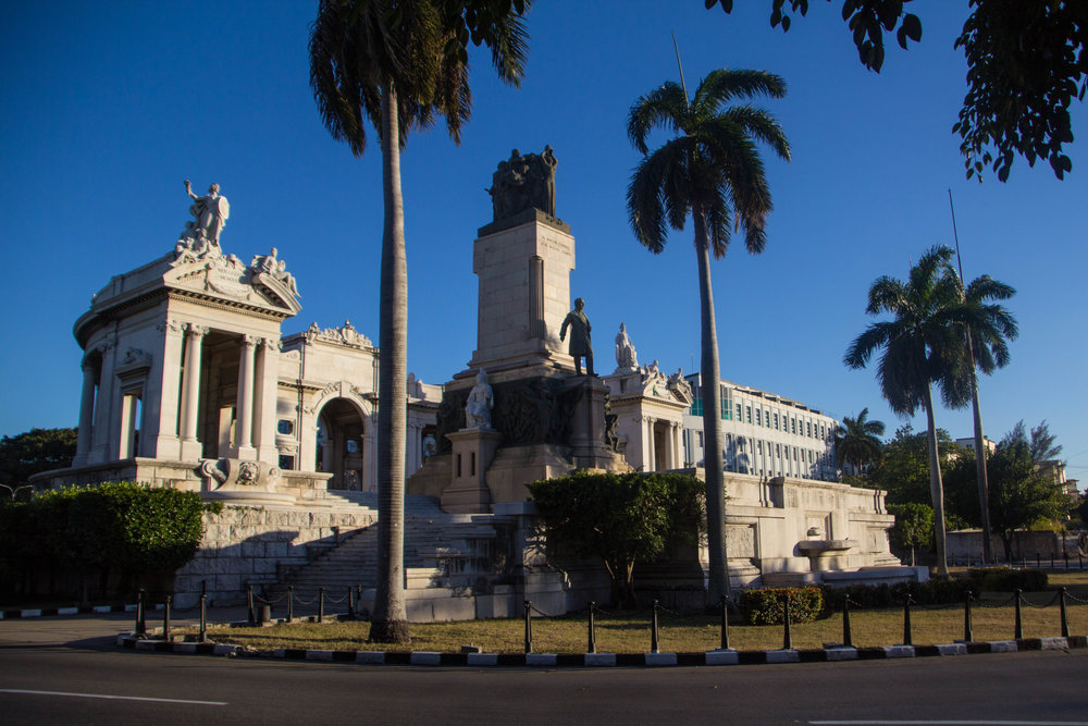 monumento al general josé miguel gómez havana cuba-1-4.jpg