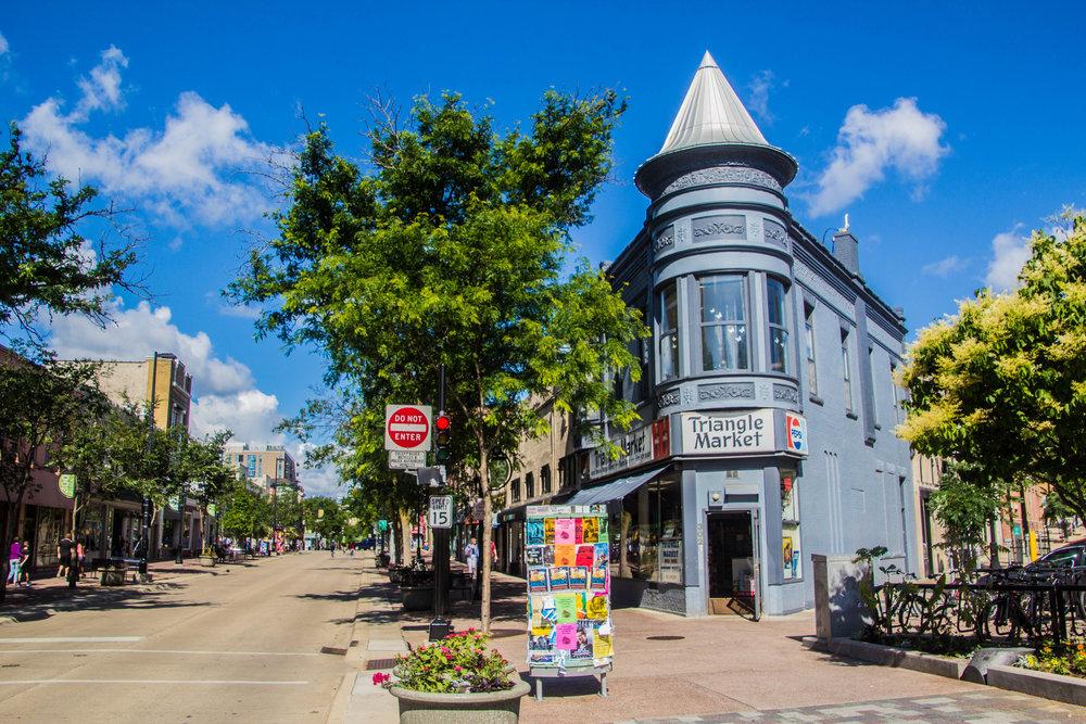 madison-wisconsin-state-street-1-4.jpg