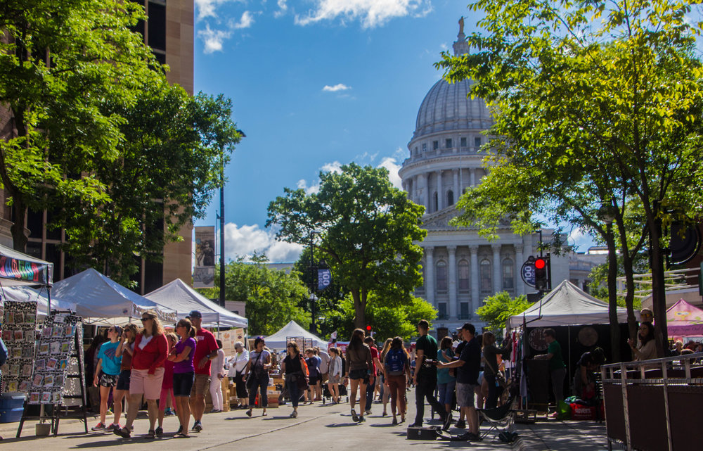 madison-wisconsin-farmers-market-1-2.jpg