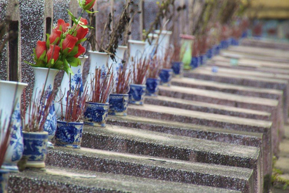 Bac Ninh Vietnam viet cong graveyard 6.jpg