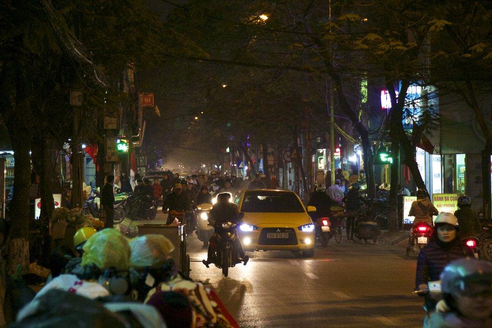 hanoi traffic night.jpg