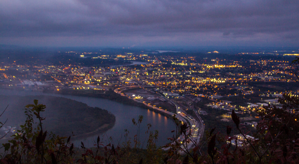 point-park-lookout-mountain-chattanooga-at-night-5.jpg