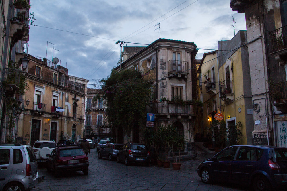 streets-catania-sicily-sicilia-35.jpg