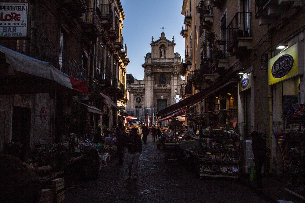 main-market-catania-sicilia-12.jpg
