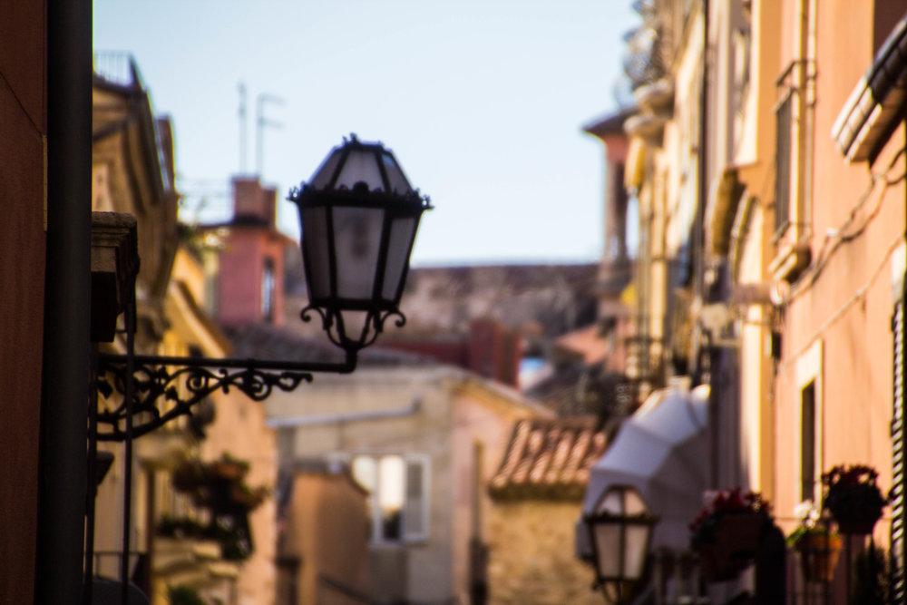 street-photography-taormina-sicily-10-2.jpg