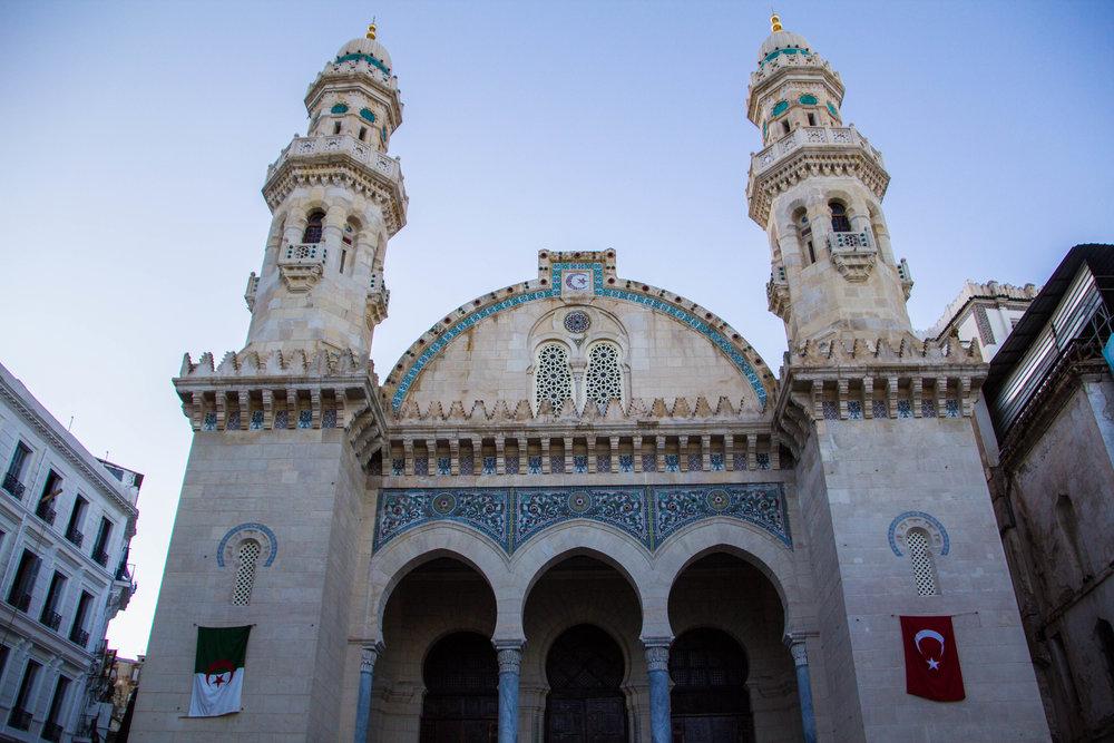 streets-algiers-algeria-46.jpg