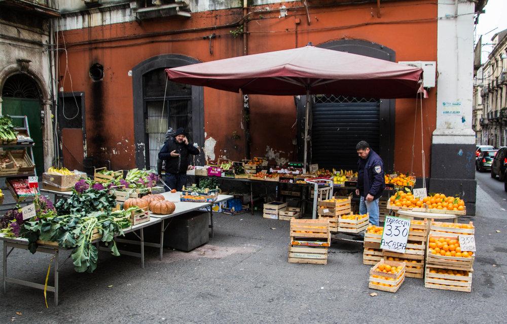 fish-market-catania-sicilia-1.jpg