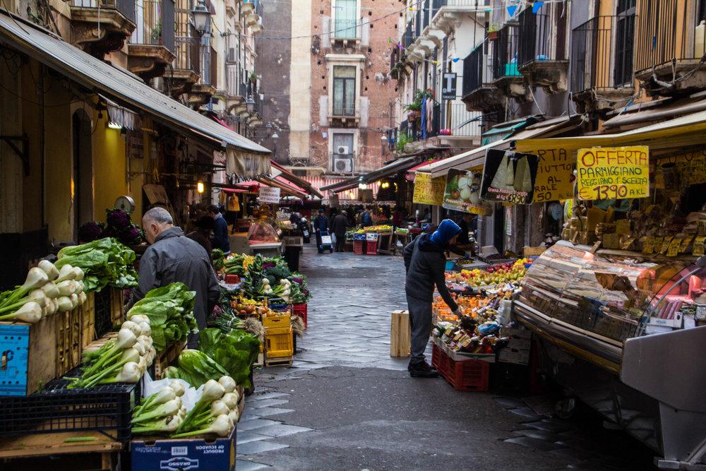 fish-market-catania-sicilia-18.jpg