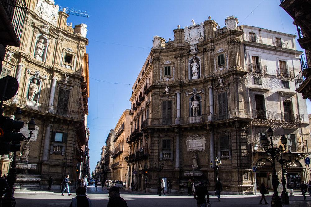 street-photography-palermo-sicily-76.jpg