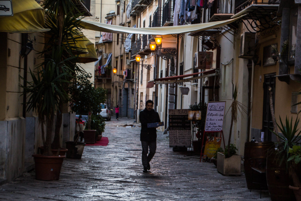 streets-palermo-sicily-16.jpg