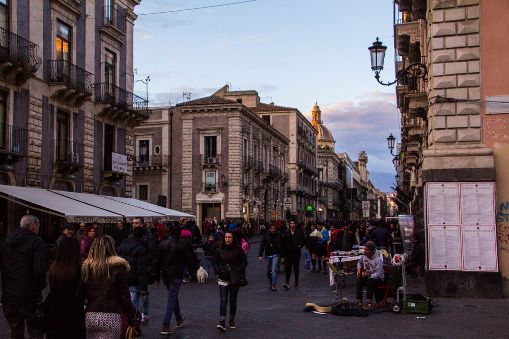 streets-catania-sicily-sicilia-23.jpg