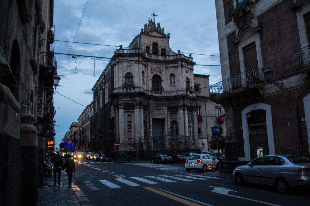 streets-catania-sicily-sicilia-43.jpg