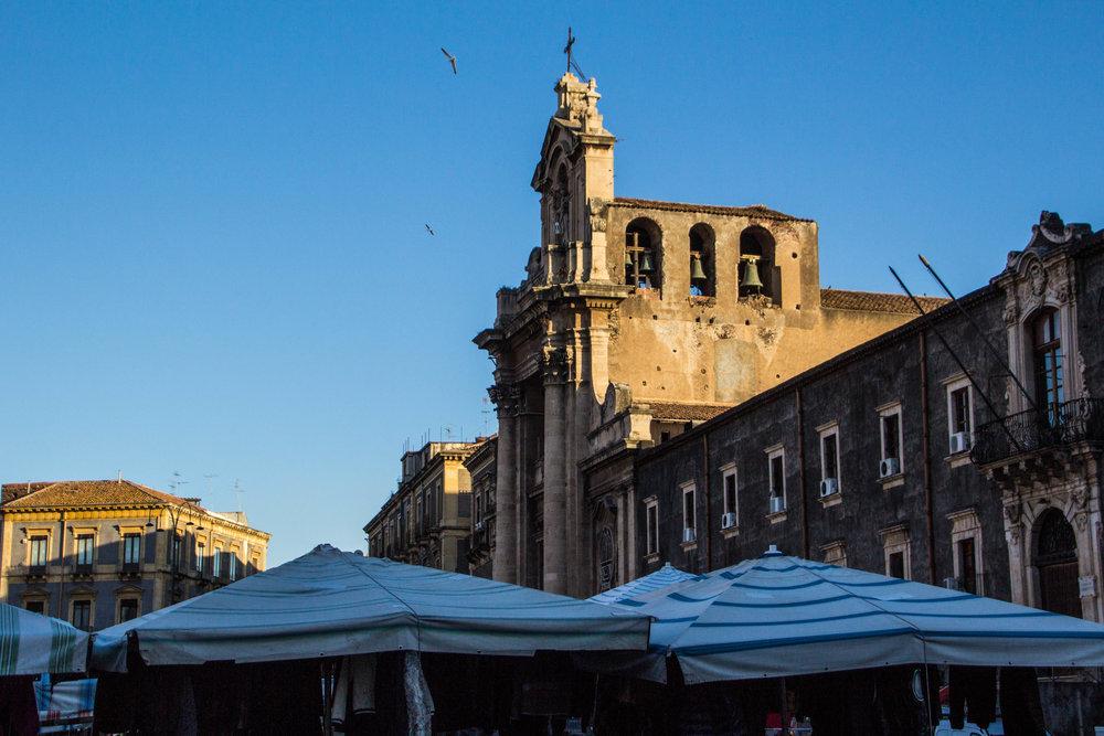 main-market-catania-sicilia-1.jpg