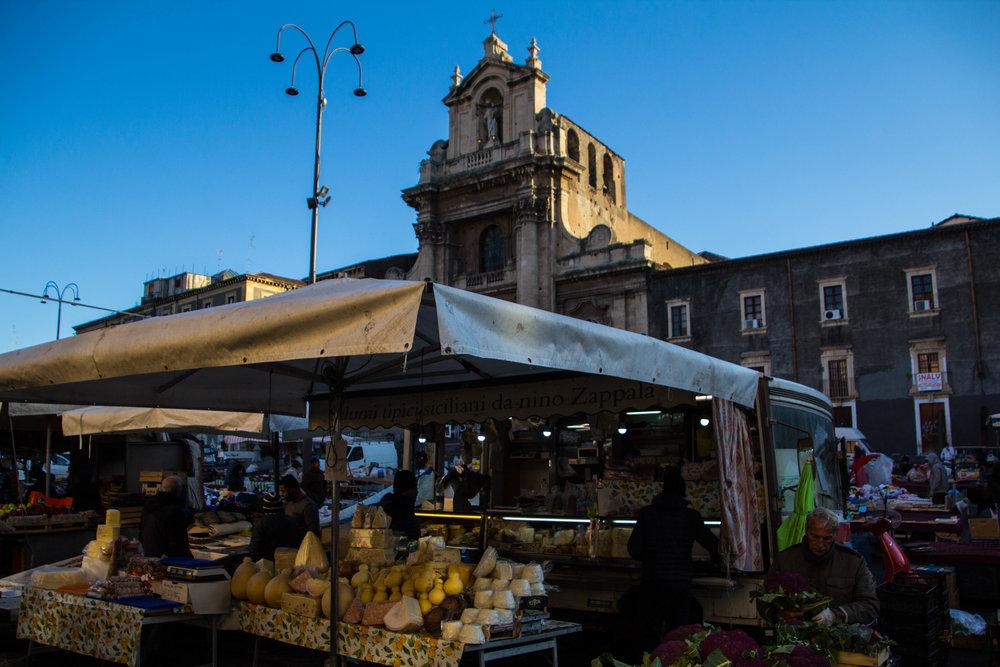 main-market-catania-sicilia-8.jpg