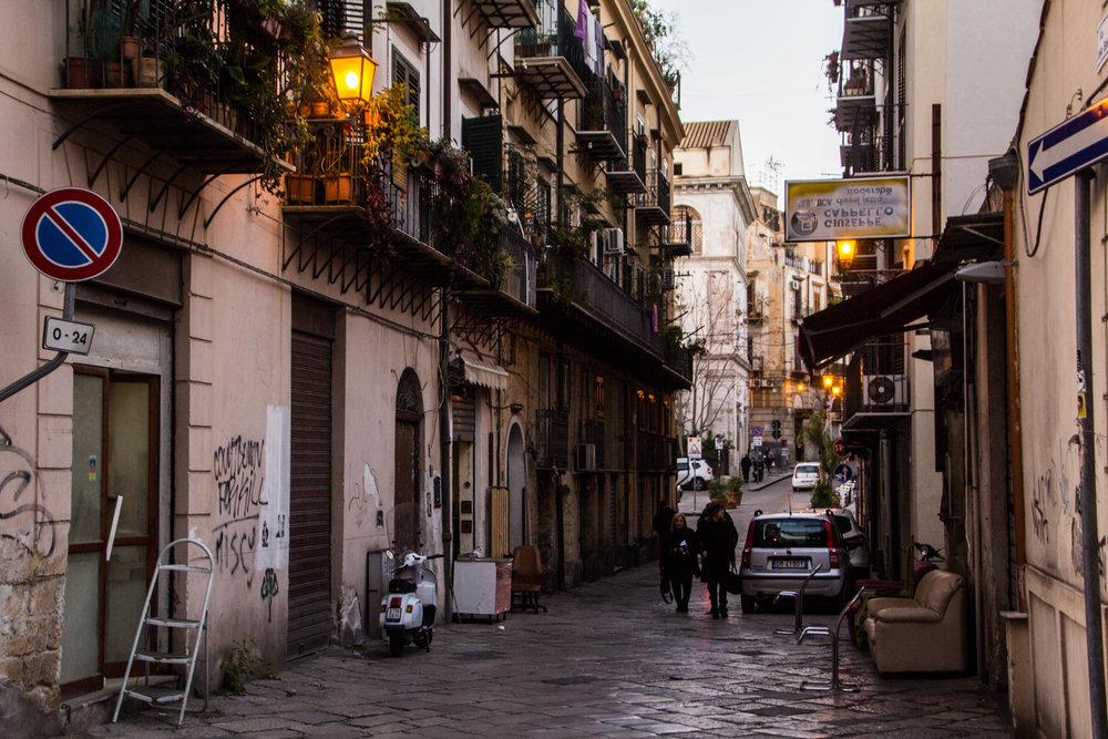 streets-palermo-sicily-32.jpg
