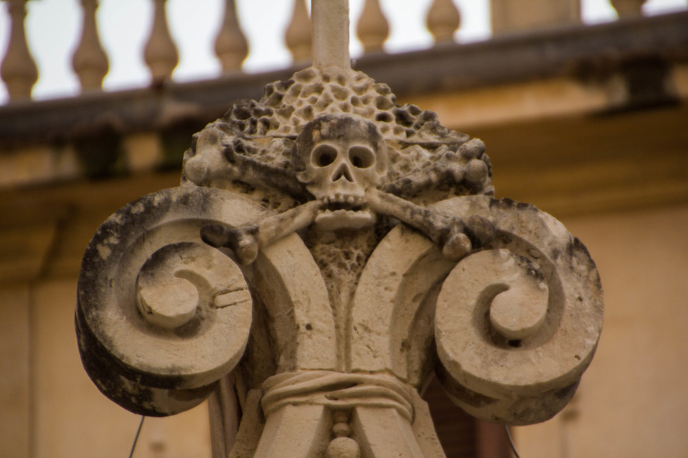 piazza-duomo-ortigya-syracuse-sicily-4.jpg
