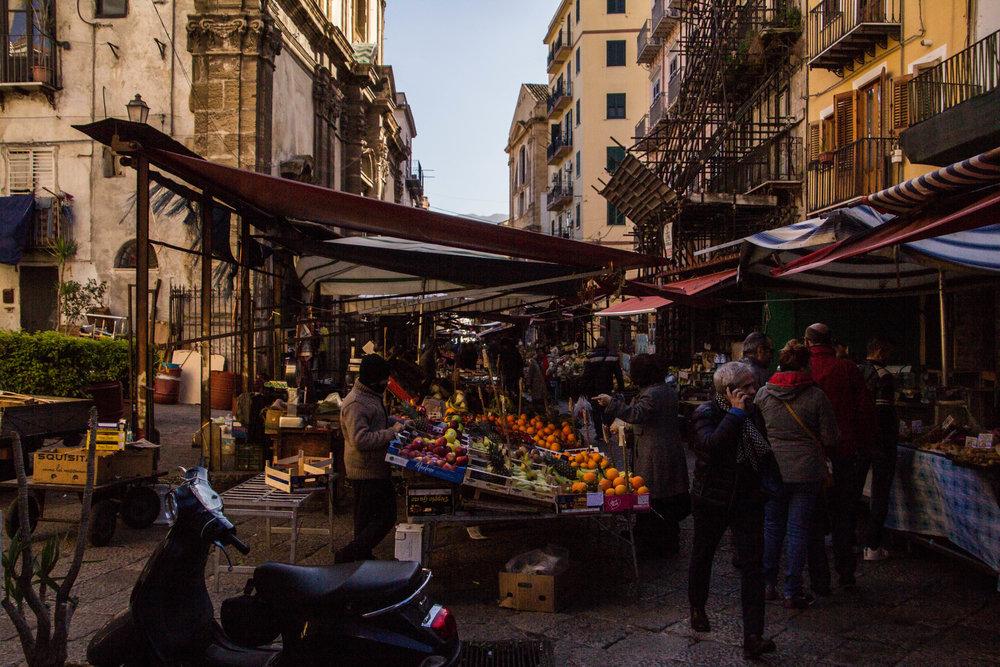 street-markets-palermo-sicily-5.jpg