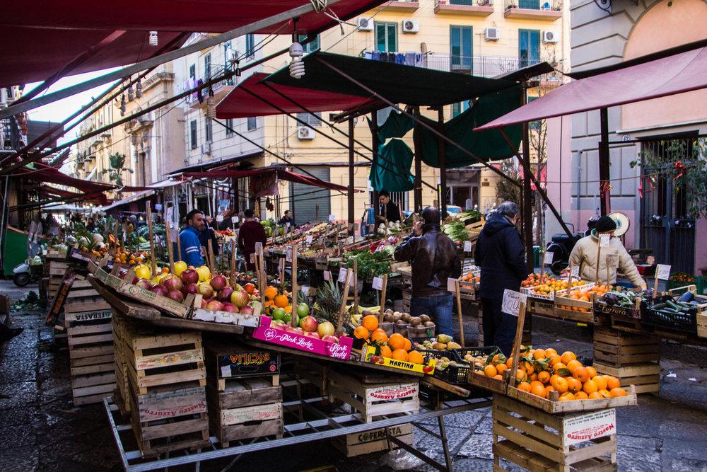 street-markets-palermo-sicily-11.jpg