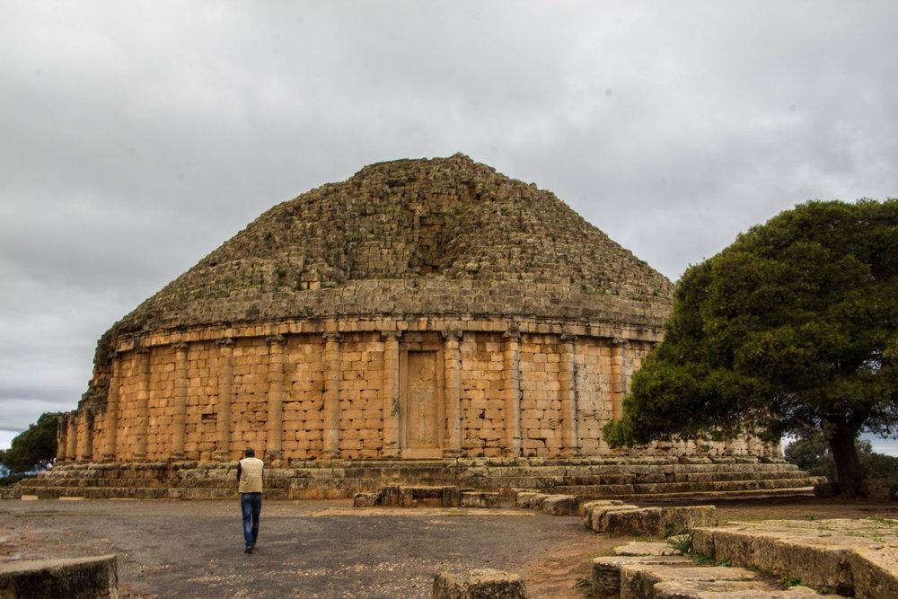 tipiza-roman-ruins-algeria-1.jpg