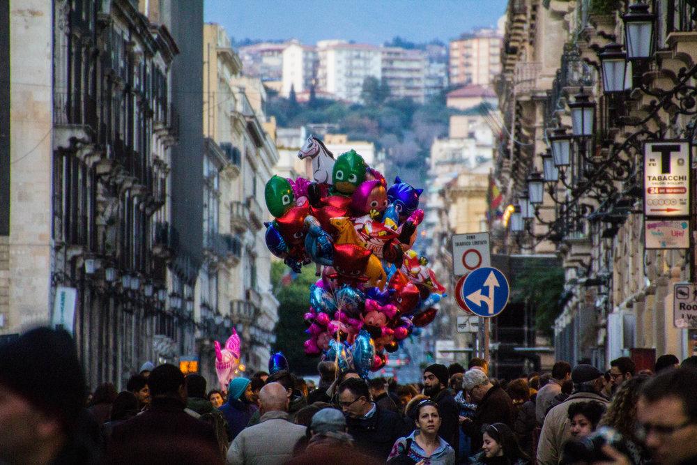 streets-catania-sicily-sicilia-18.jpg