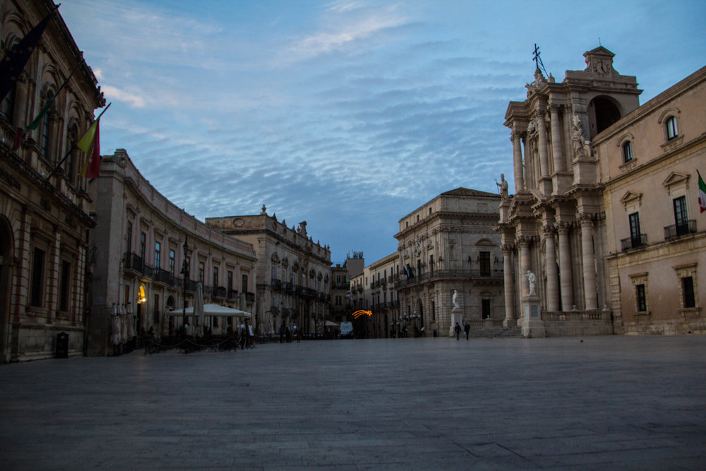 piazza-duomo-sunset-ortygia-syracuse-sicily-9.jpg
