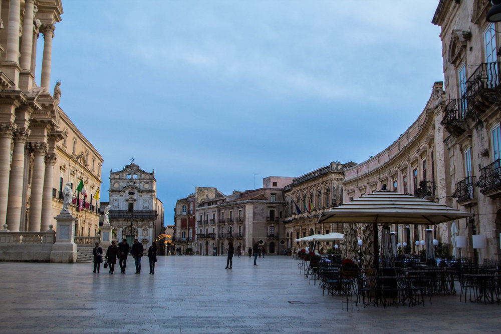 piazza-duomo-sunset-ortygia-syracuse-sicily-5.jpg