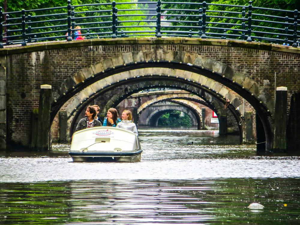amsterdam-netherlands-street-photography-9.jpg