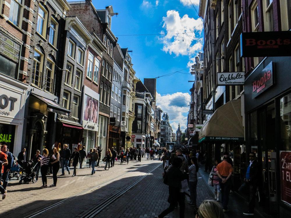 amsterdam-netherlands-street-photography-26.jpg