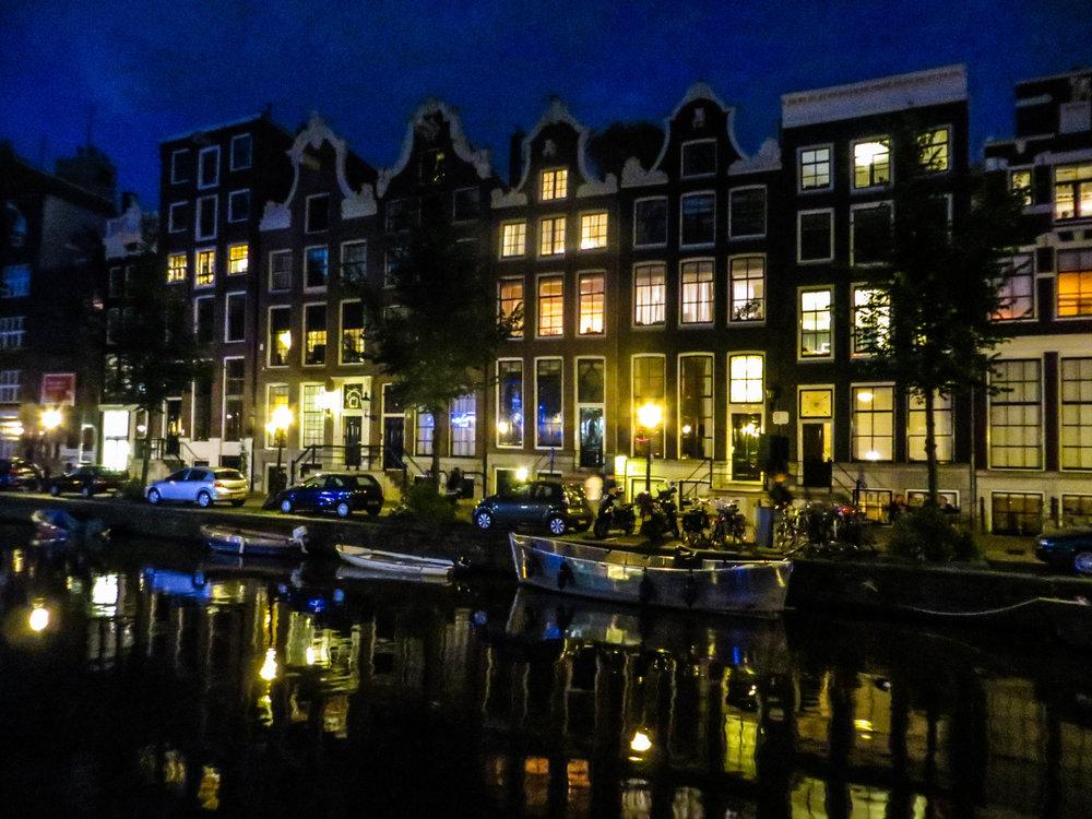 amsterdam-netherlands-street-photography-45.jpg