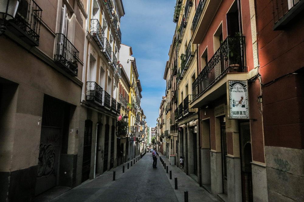 madrid-spain-streets-summer-48.jpg