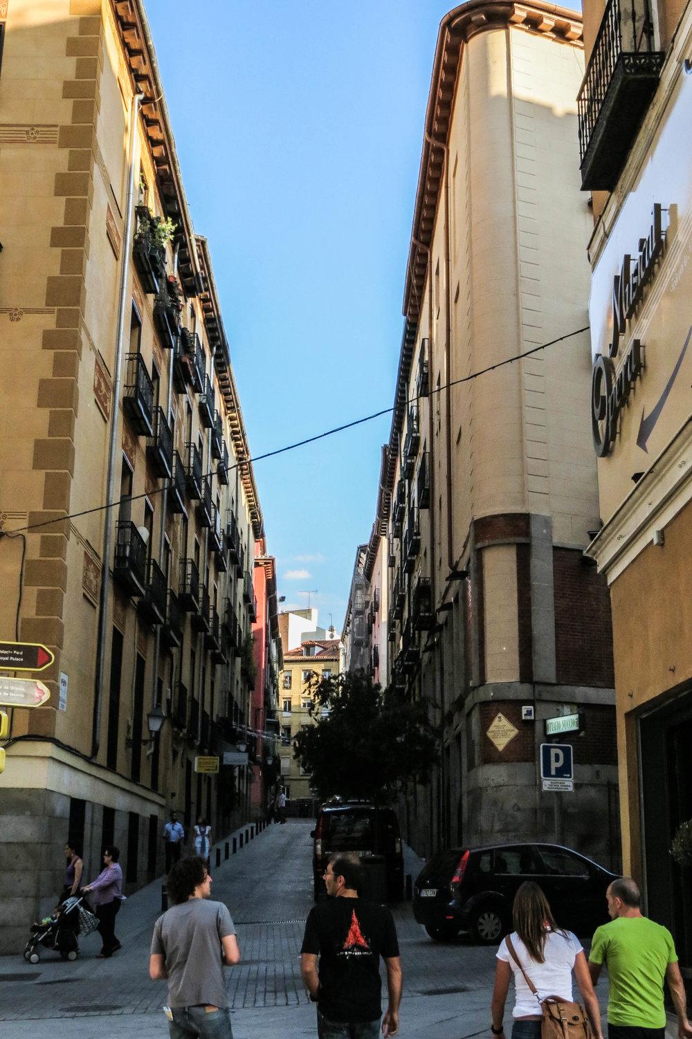 madrid-spain-streets-summer-30.jpg