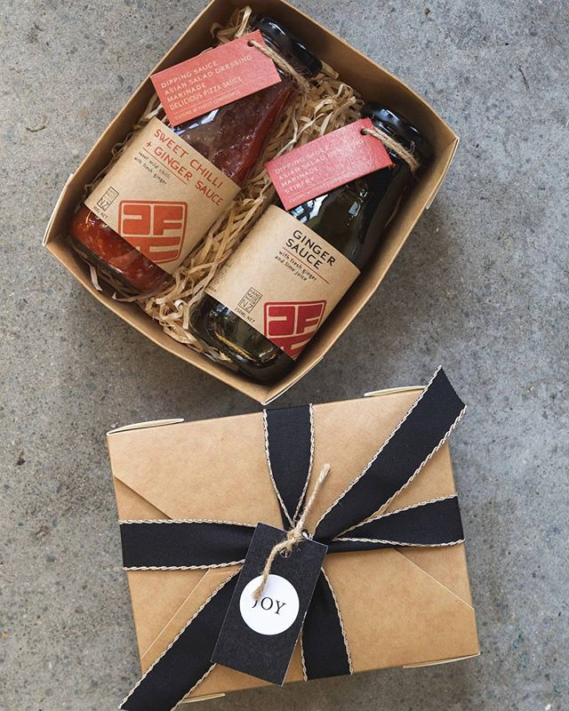 Our Ginger Sauce and Sweet Chilli + Ginger sauce come neatly packaged in a gift box, right in time for a friends birthday or Christmas! . . . . . . . #food #packagedfood #asianfoodrepublic #asian #fusion #food #foodporn #foodofinstagram #nzmeetsasia #modern #sweettreats #instafood #instagood #yum #foodtogo
