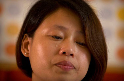 Ganzhou-Deng-Guilian-the-wife-of-detained-Chinese-labor-activist....jpg