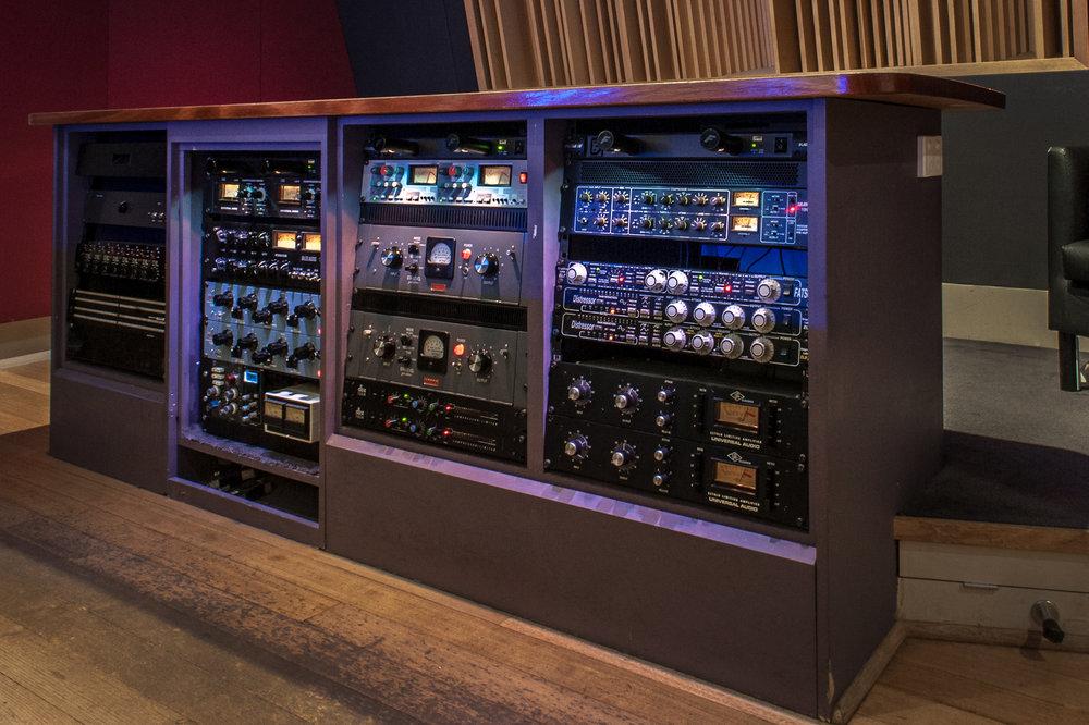 Studio 1 Rack.jpg