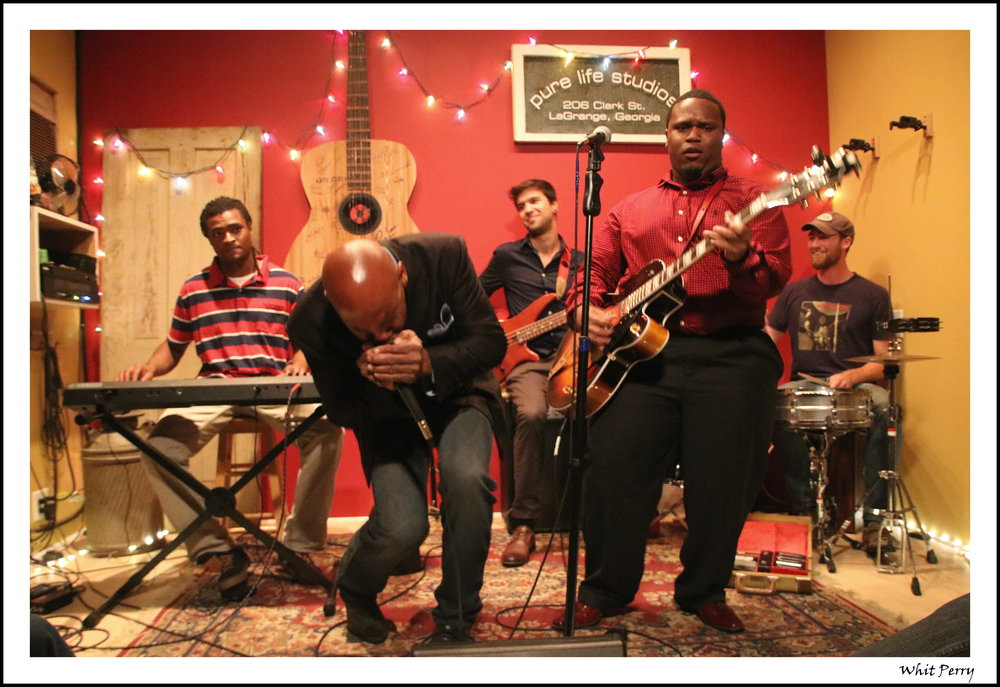 Jontavious (Quon) Willis and The Hillside Front Porch Collective with special guest Jock Webb.