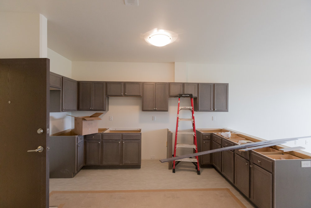 608 Kitchen Cabinets