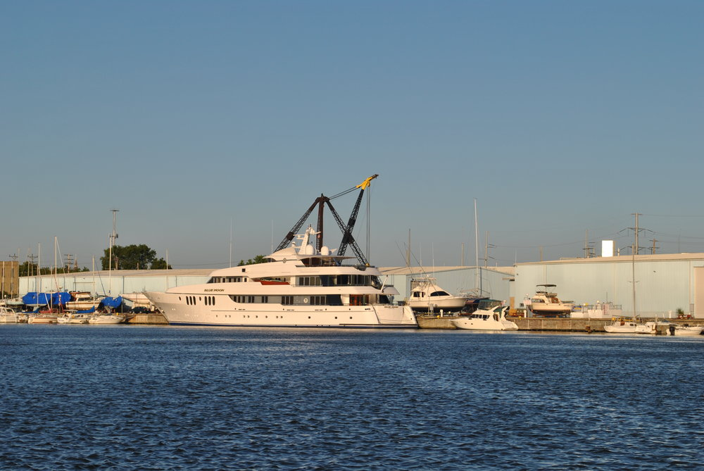Warren Buffet Yacht Milwaukee River