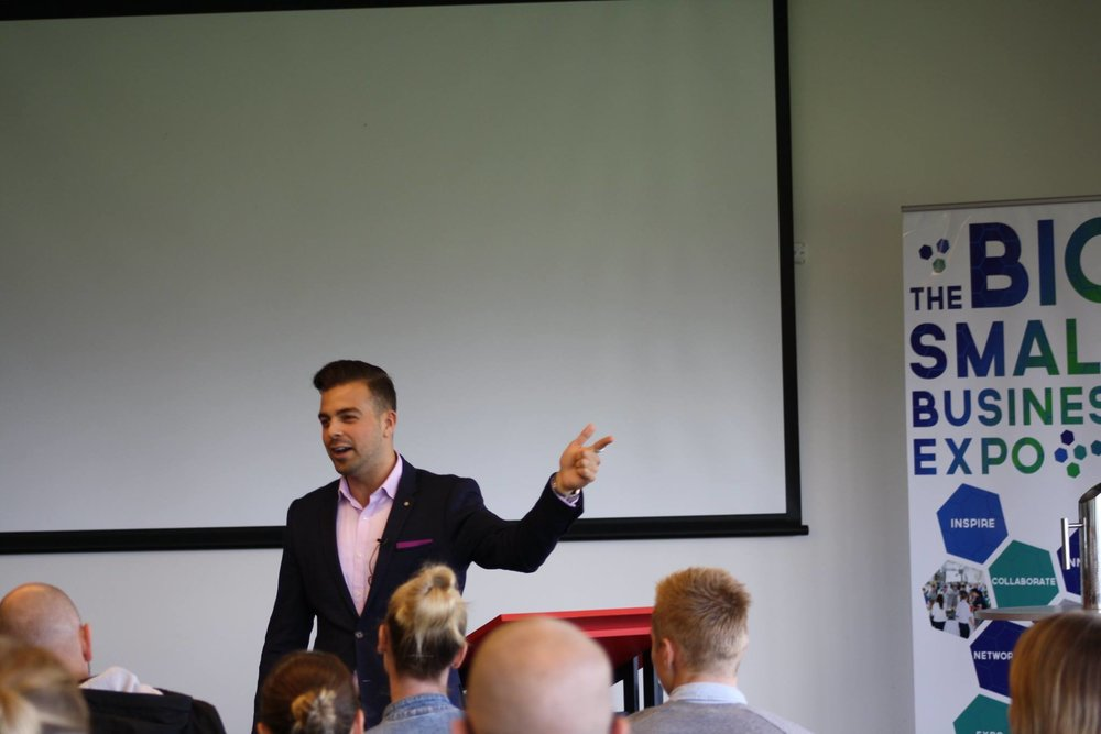 Hi,I'm Jordan! - A human behaviour expert and businessman. I am here to teach you how to utilise purpose driven sales strategies for the growth of your business!