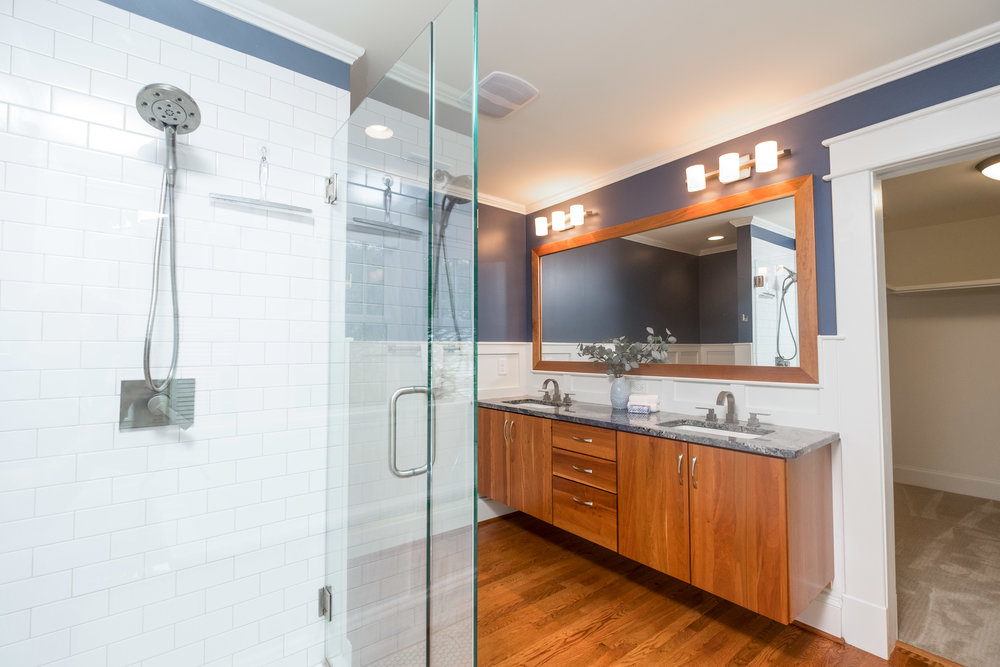 Real Estate Photography Interior Master Bathroom