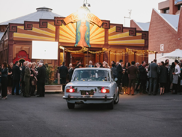 Fred-and-Ginger-gallery1-Wedding-venue-melba-spiegeltent-vintage.jpg