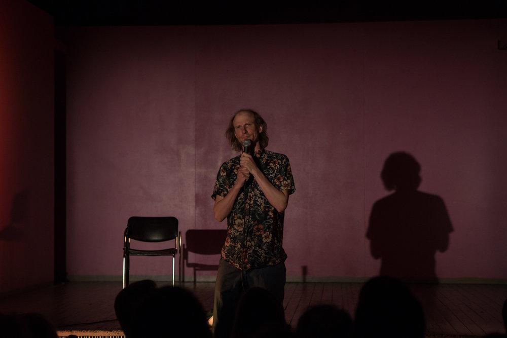 Komiikan sävyt (Shades of Comedy), Joni Koivuniemi, Photo by Jouni Ihalainen